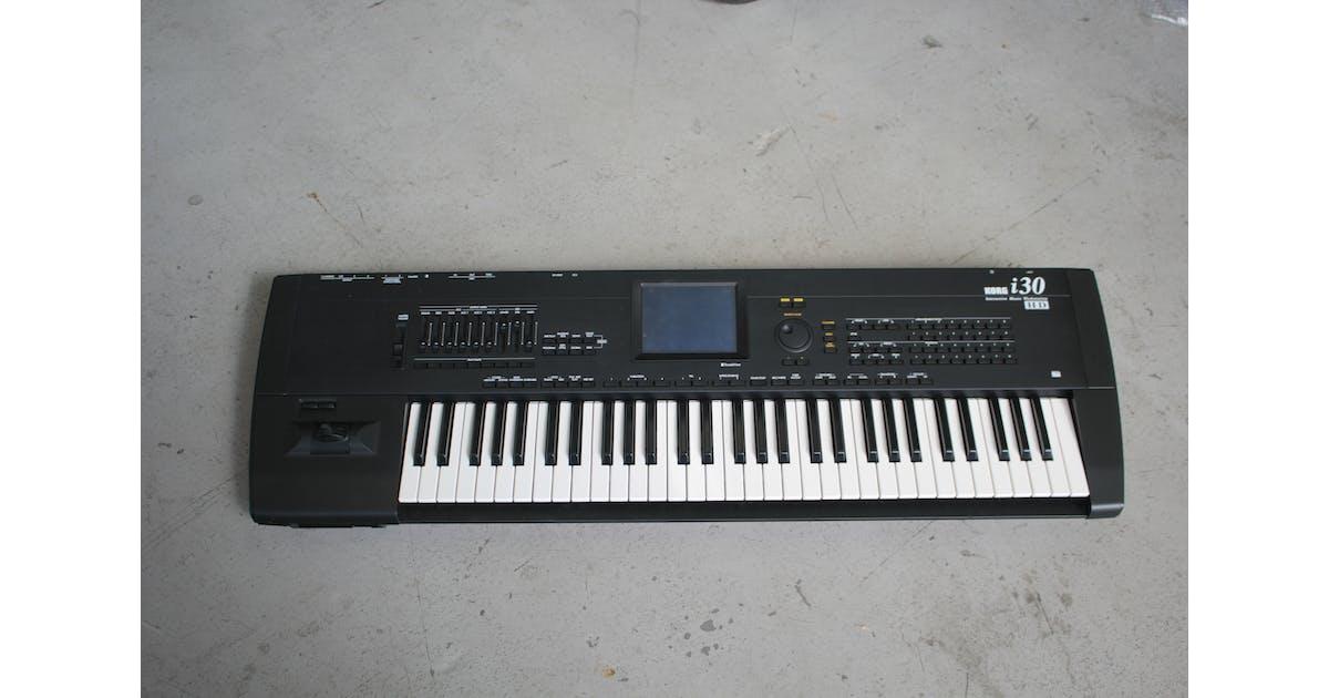 second hand korg i30 music workstation keyboard andertons music co. Black Bedroom Furniture Sets. Home Design Ideas