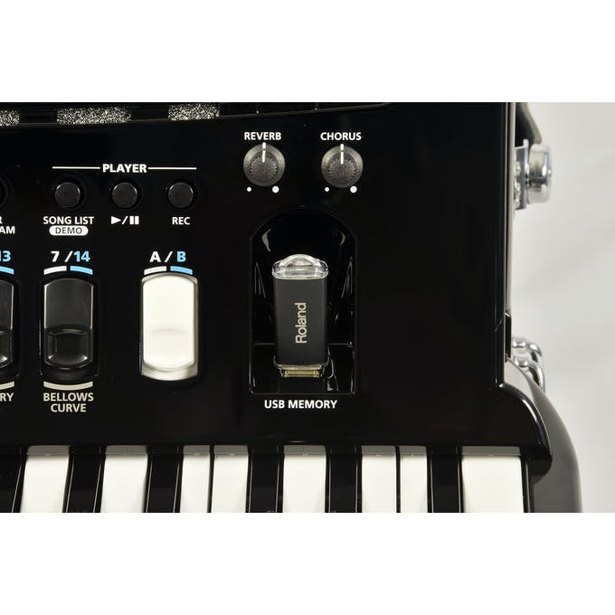 Roland FR4x V-Accordion (Keyboard Type) in Black - Andertons
