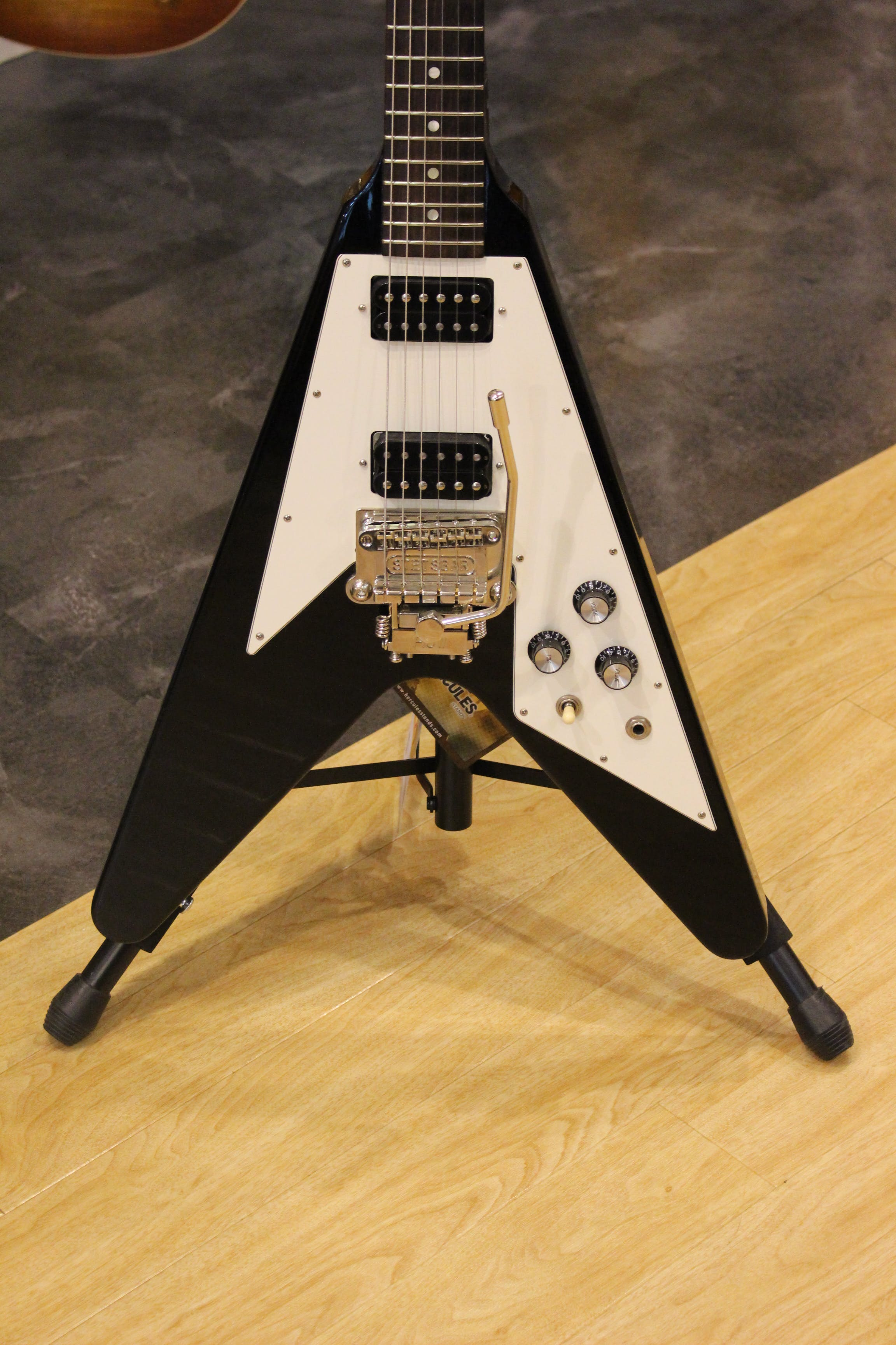 Second Hand Gibson Flying V with Stetsbar  T:AR - Andertons Music Co