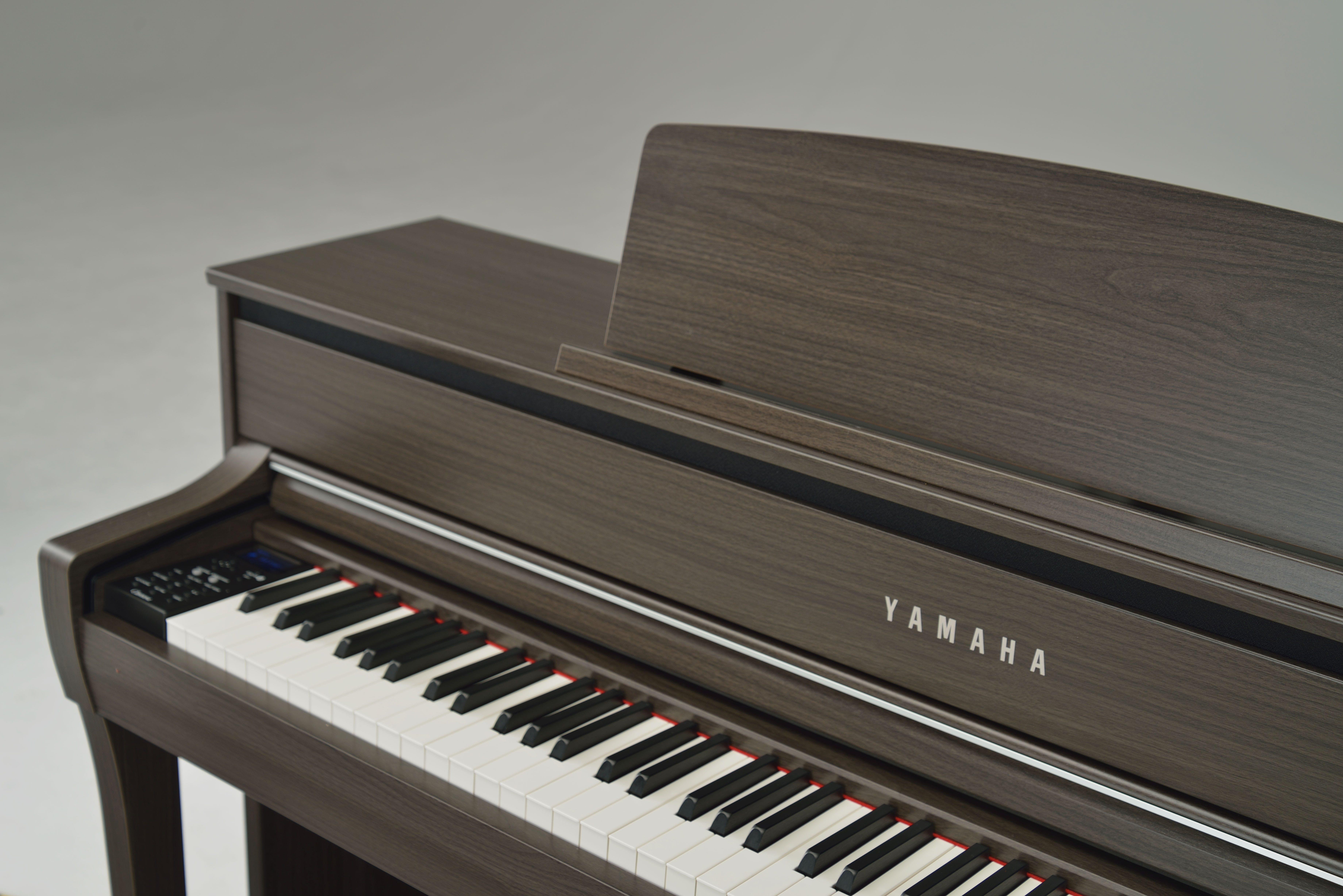 yamaha clavinova digital piano. yamaha clavinova clp675 home piano in dark walnut digital