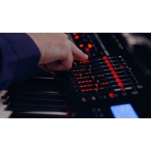 Korg Kronos 2 88 Key Synthesizer & Workstation - Andertons