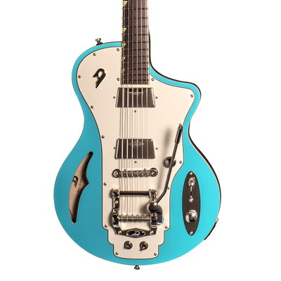 Duesenberg Julia with Trem in Narvik Blue
