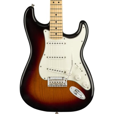 Fender Player Stratocaster w/ Maple Fretboard in 3-Color Sunburst