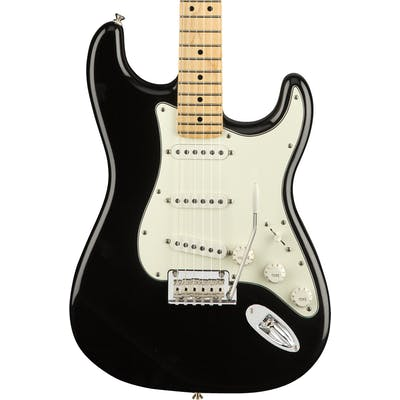 Fender Player Stratocaster w/ Maple Fretboard in Black