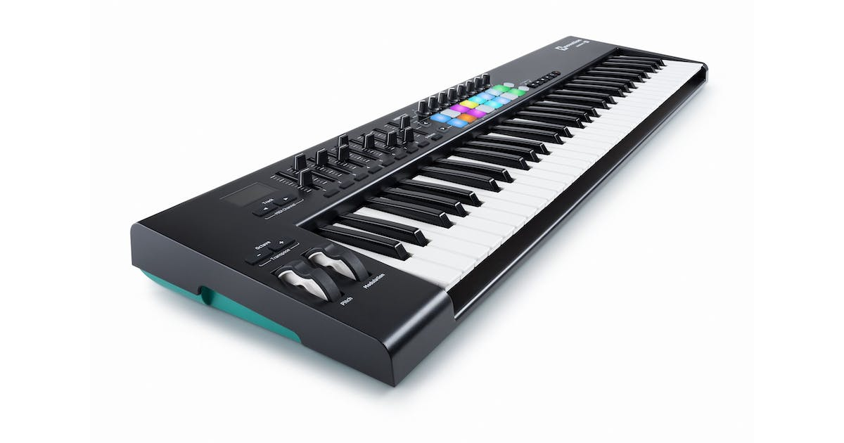 novation launchkey 61 mk2 61 note daw control surface andertons music co. Black Bedroom Furniture Sets. Home Design Ideas