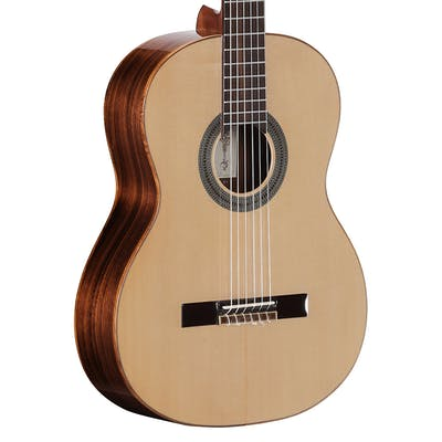 Alvarez CC7 Cadiz Concert Classical Guitar in Natural