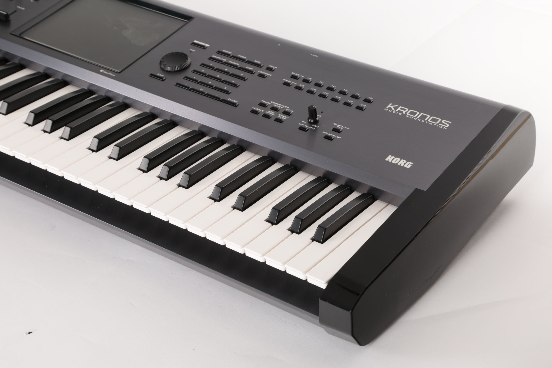 Second Hand Korg Kronos 61 Key Synthesizer and Workstation
