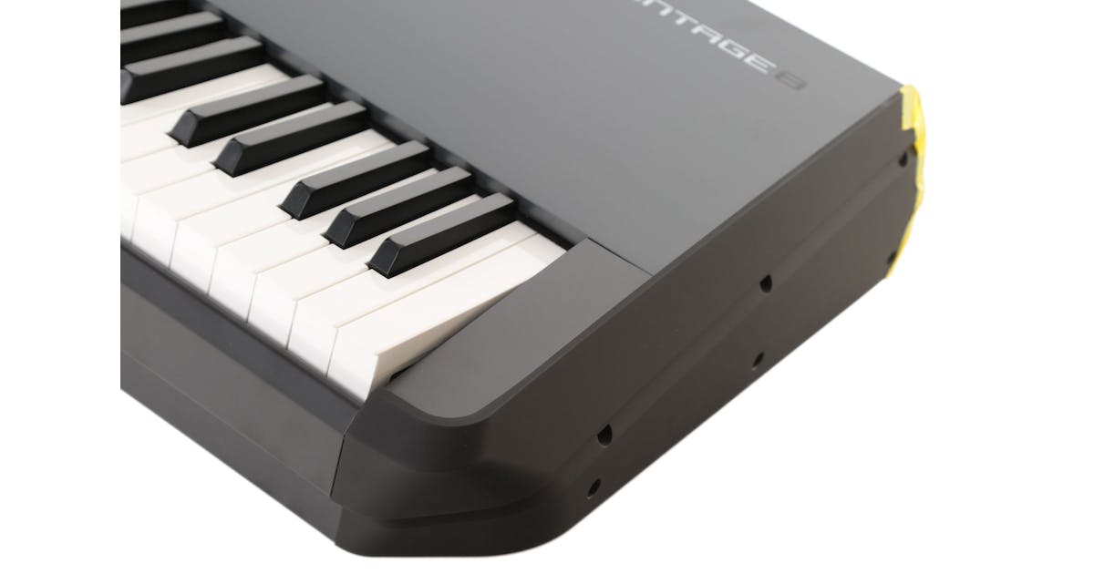 B Stock : Yamaha Montage 8 - 88 Note Synthesizer Weighted Hammer Action -  Andertons Music Co