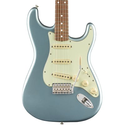 Fender Vintera '60s Strat in Ice Blue Metallic