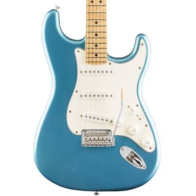 Fender Limited Edition Player Stratocaster in Lake Placid Blue with Maple Neck