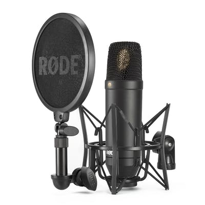 Rode NT1 Cardioid Condenser Microphone in Black with Accessories