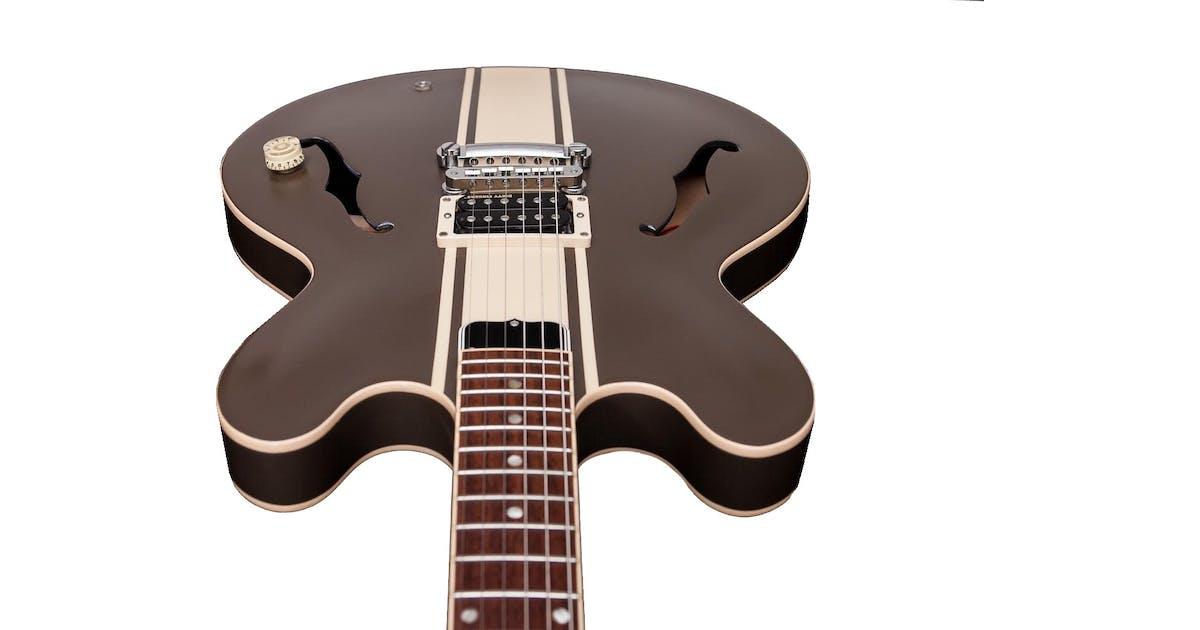 epiphone tom delonge signature es333 guitar in brown andertons music co. Black Bedroom Furniture Sets. Home Design Ideas