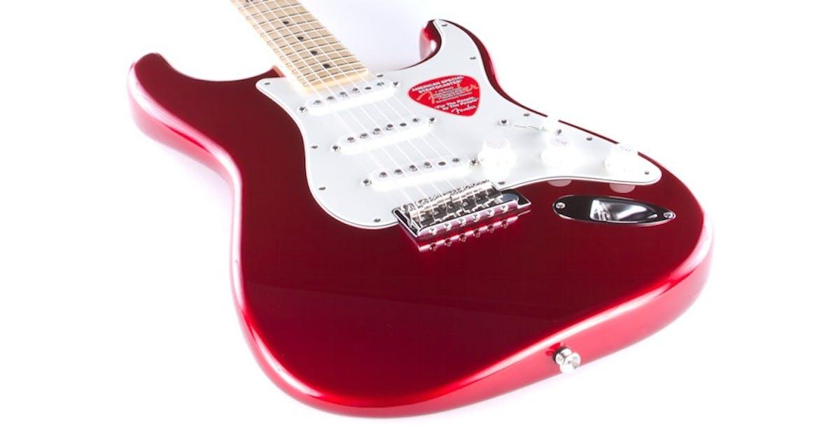 Fender Standard Strat | Candy Apple Red | Maple Fretboard