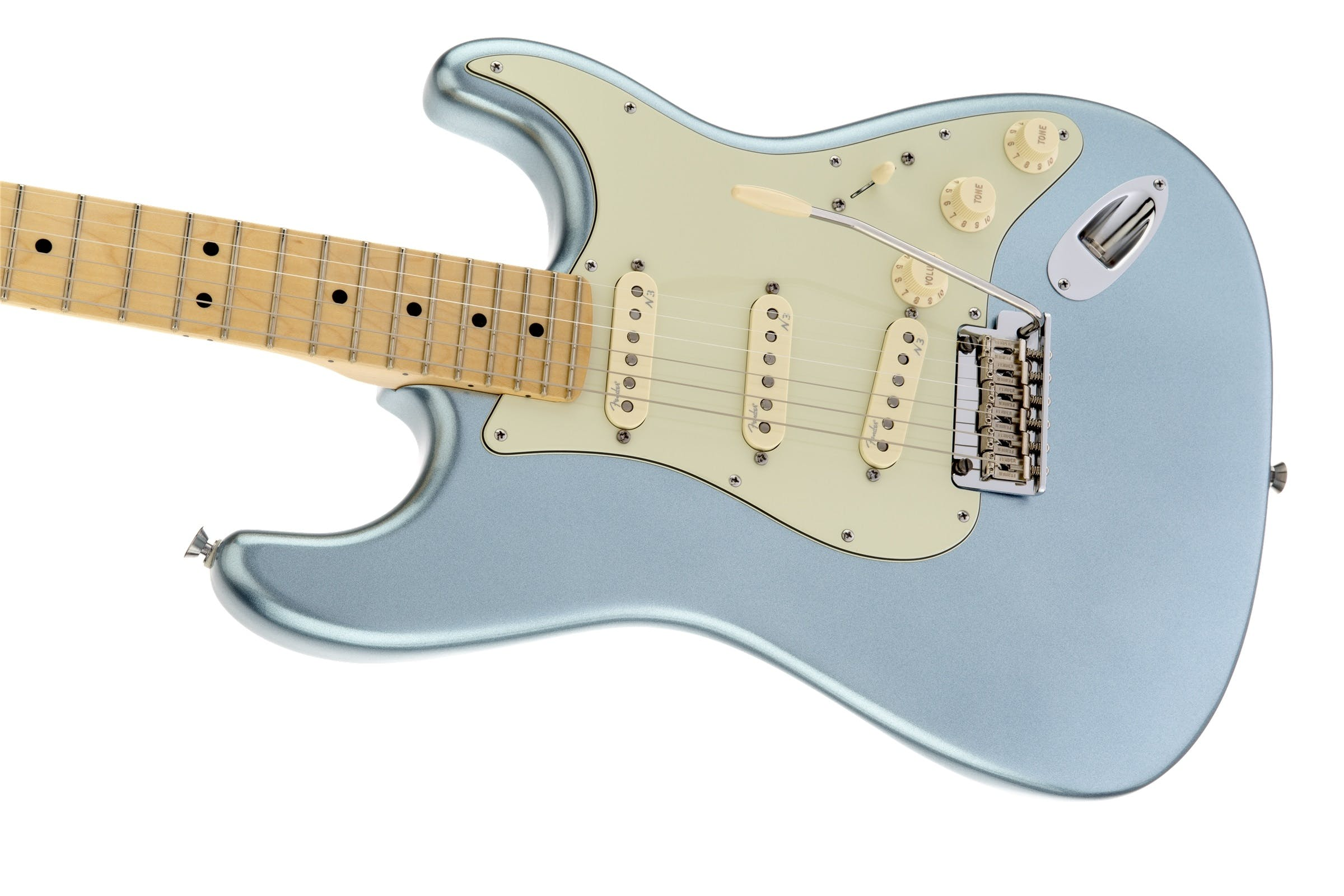 Fender American Deluxe Strat Plus in Mystic Ice Blue - Andertons ...